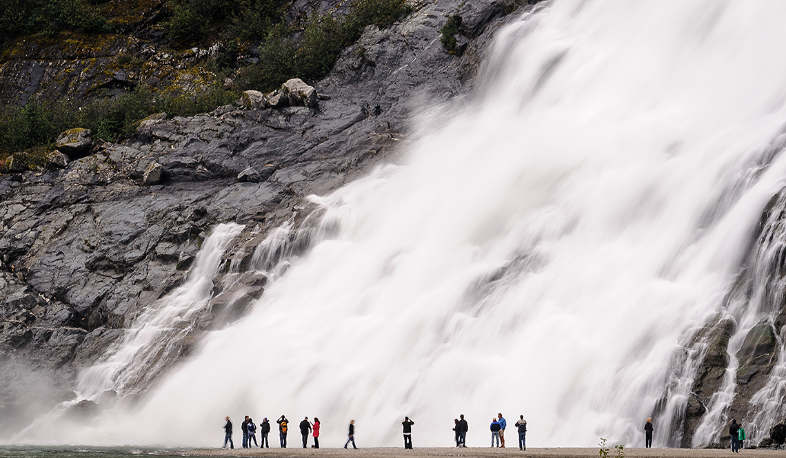 Nugget Falls – a lesson of scale in Alaska